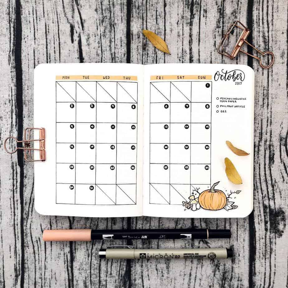 15 Stunning Fall Bullet Journal Theme Ideas, spread by @paperlemons | Masha Plans