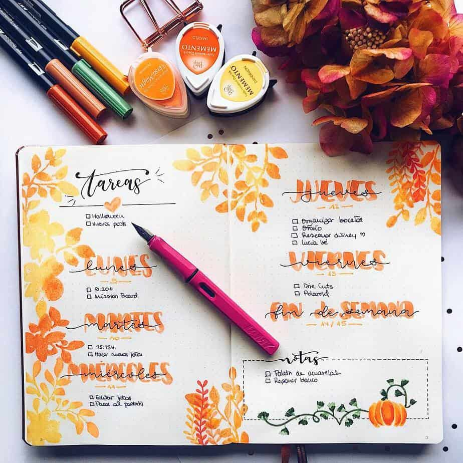 15 Stunning Fall Bullet Journal Theme Ideas, spread by @lacqueredworld | Masha Plans