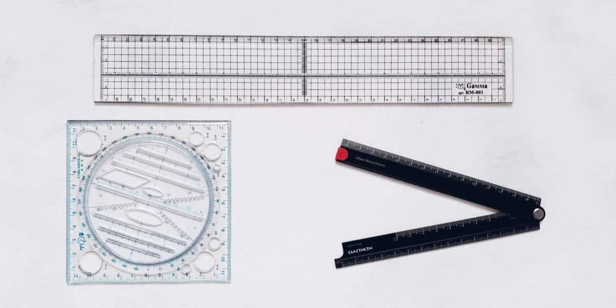 Bullet Journal Essentials - rulers | Masha Plans