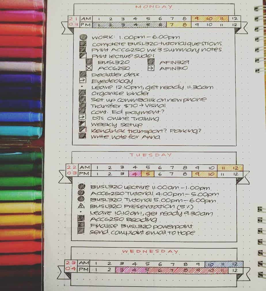 Bullet Journal Page Ideas For School, spread by @b.izzi | Masha Plans
