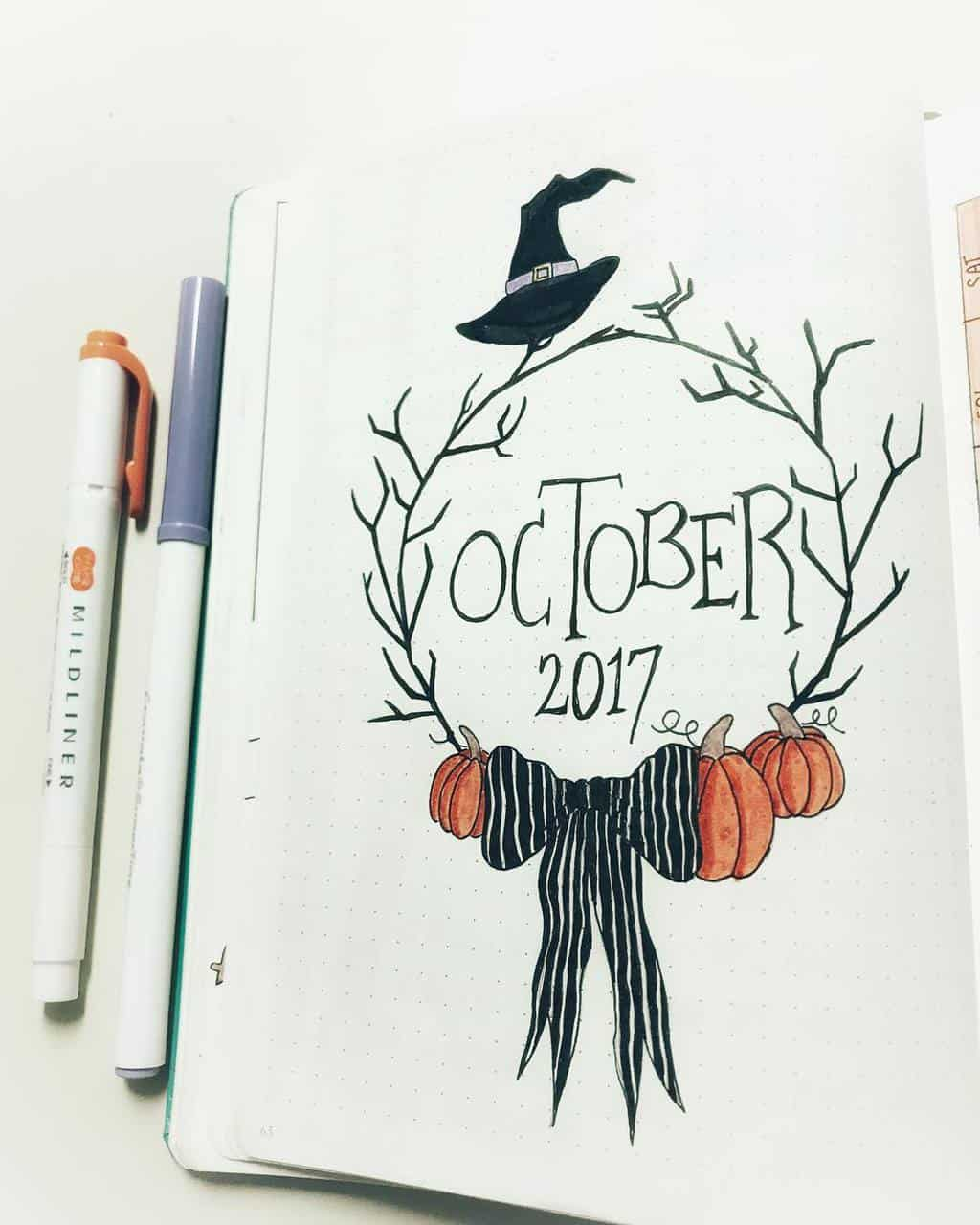 Halloween Bullet Journal Theme Isnpirations - cover page by @mrs_bullets_journal42 | Masha Plans