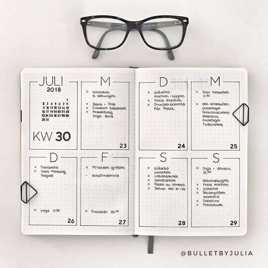 11 Easy Minimalist Bullet Journal Weekly Spreads for Busy People, spread by @bulletbyjulia | Masha Plans