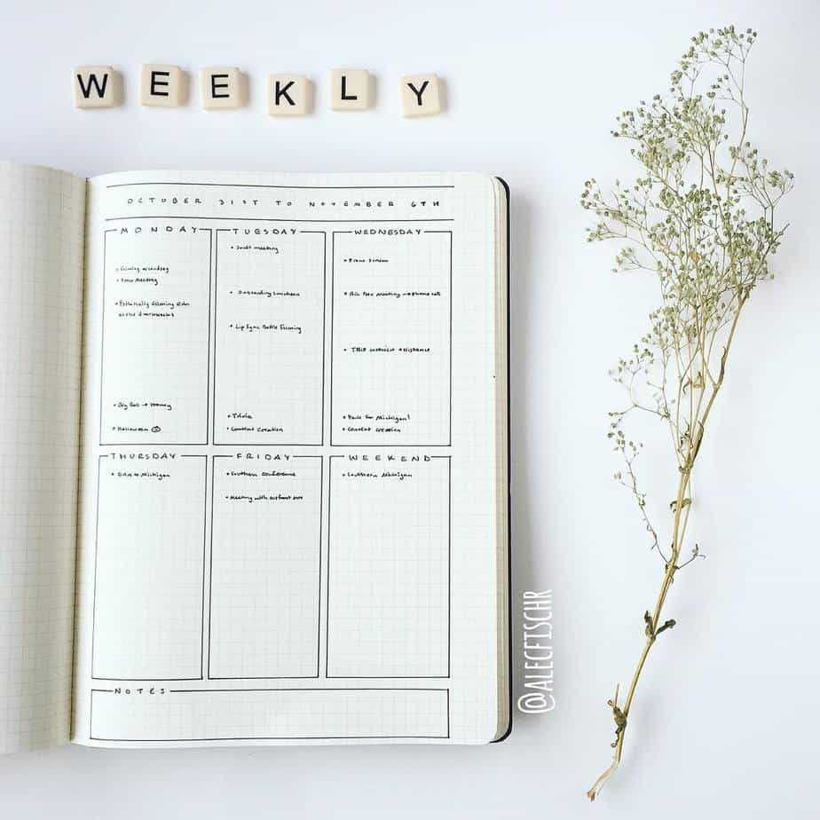 Minimalist Bullet Journal Weekly spread by @fischrmedia | Masha Plans