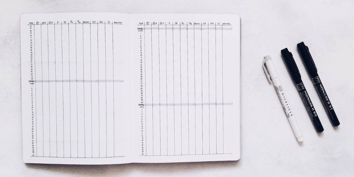 Bullet Journal Pages To Organize Your Blog - Statistics | Masha Plans