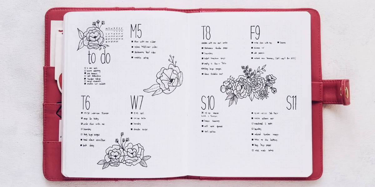 How To Draw Flower Doodles In Your Bullet Journal - Floral Spread | Masha Plans