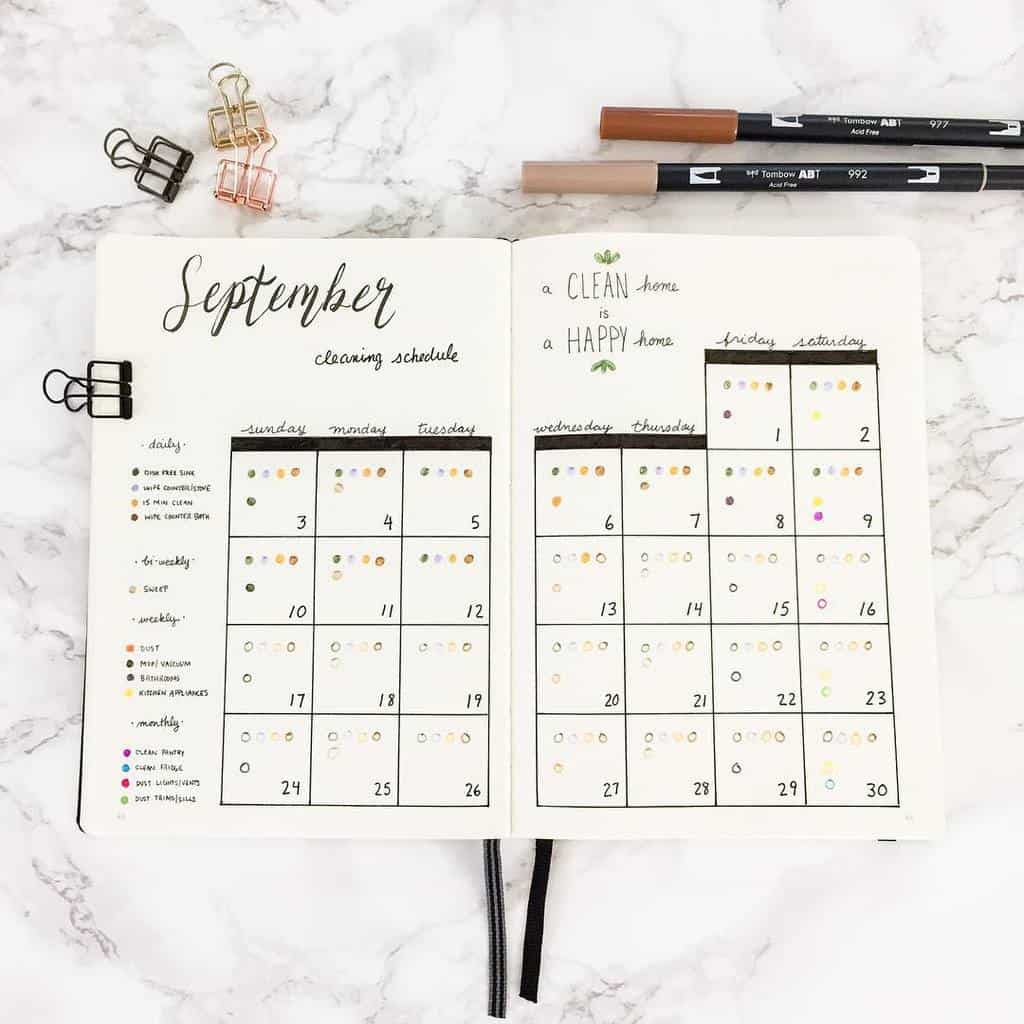 Bullet Journal Cleaning Tracker by @dusklovesdawn | Masha Plans