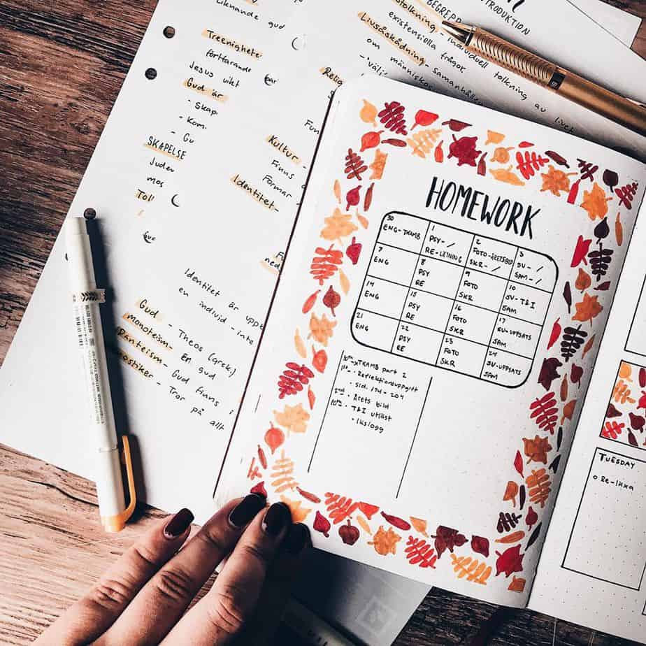 Study tracker by @lisenlettering | Masha Plans