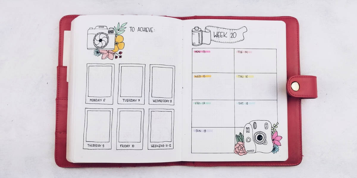 May Bullet Journal Setup - Photography Theme, Weekly Log | Masha Plans