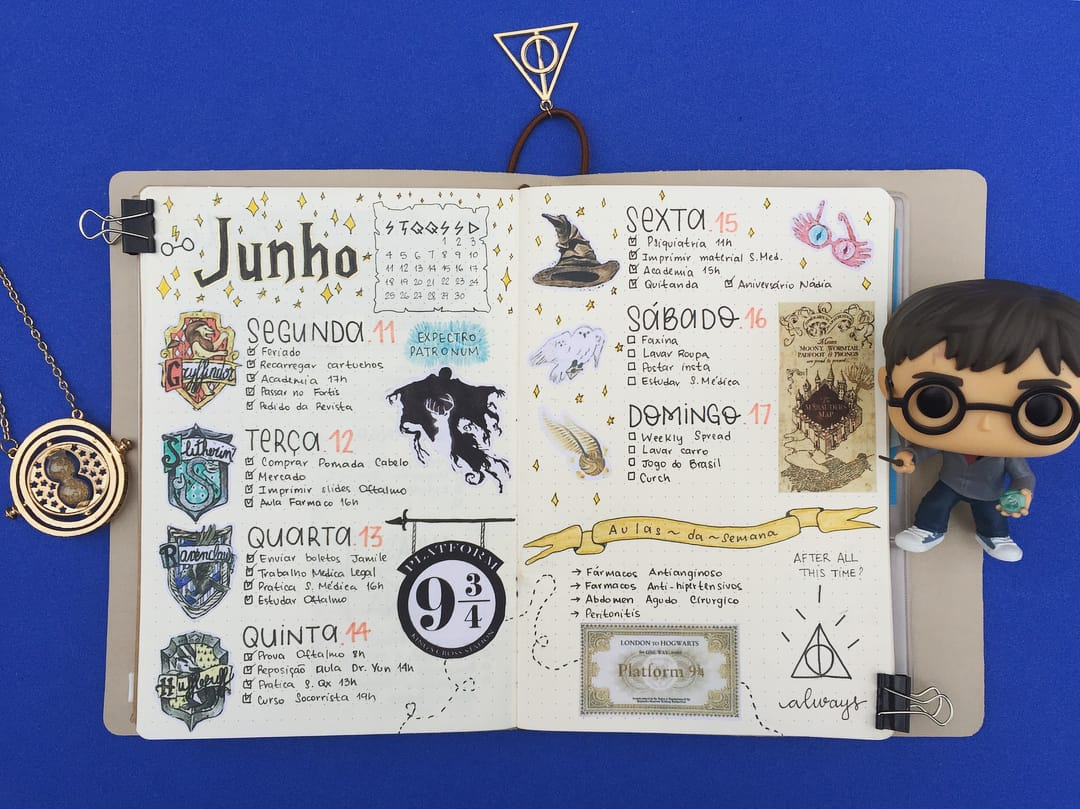 Harry Potter Bullet Journal Theme Inspirations - weekly spread by @byaligeha | Masha Plans
