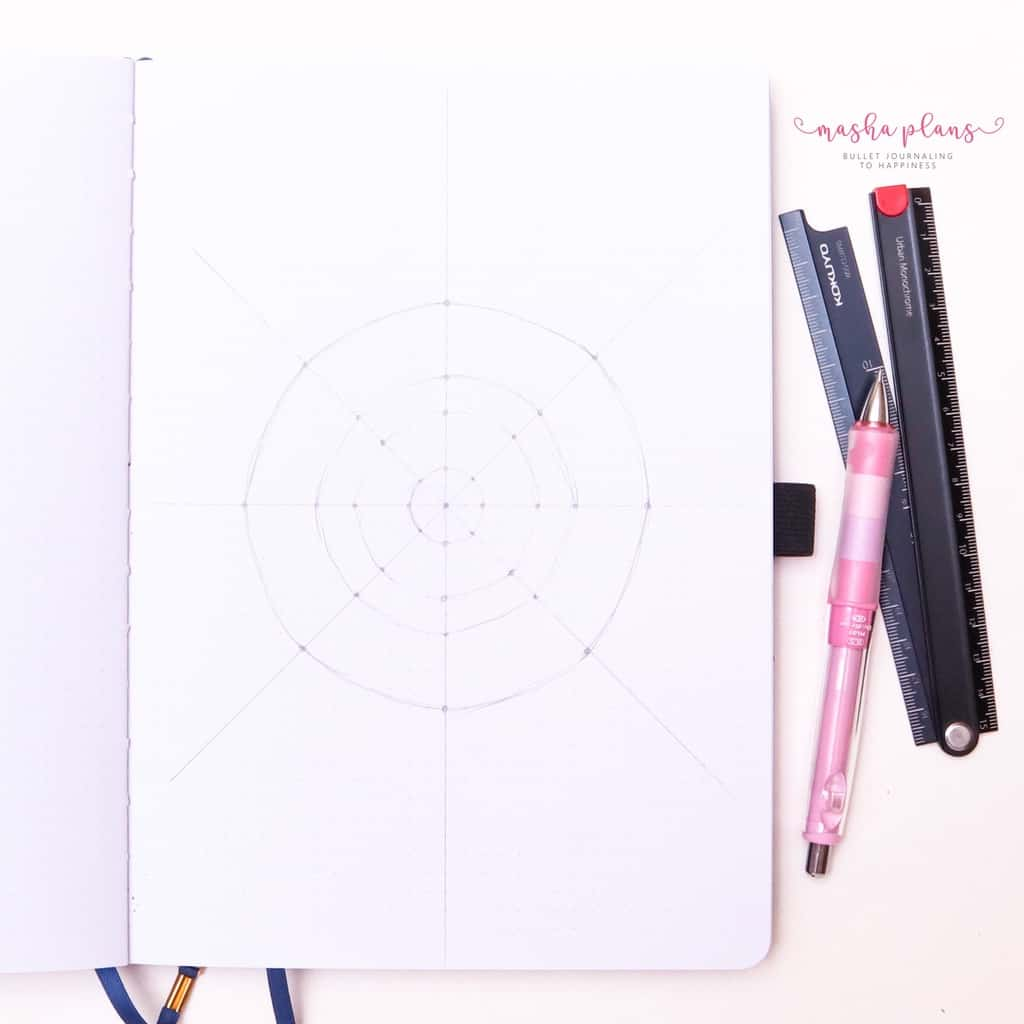 How To Draw & Use Mandalas In Your Bullet Journal - step 5 add circles | Masha Plans