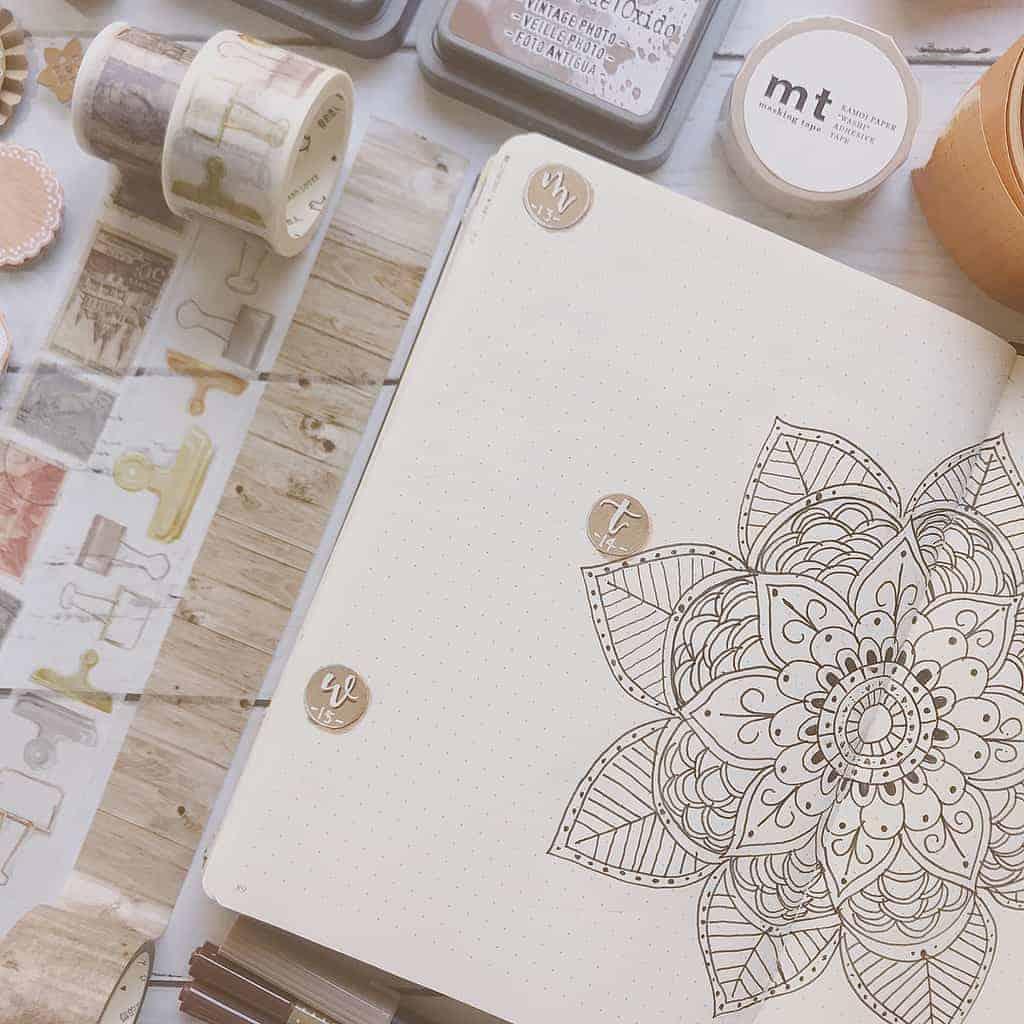 Mandala Bullet Journal Weekly Spread by @xpaperwingsx | Masha Plans