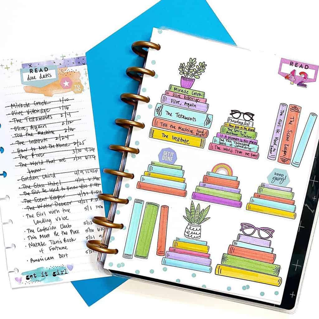 Book Bullet Journal Theme Ideas And Inspirations - book tracker by @emilyplanslife | Masha Plans