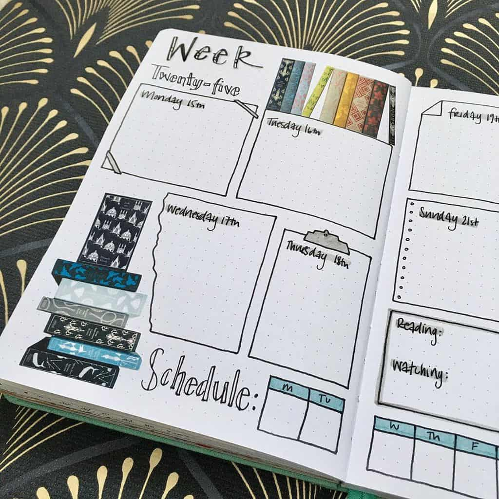 Book Bullet Journal Theme Ideas And Inspirations - weekly spread by @following_foxes | Masha Plans