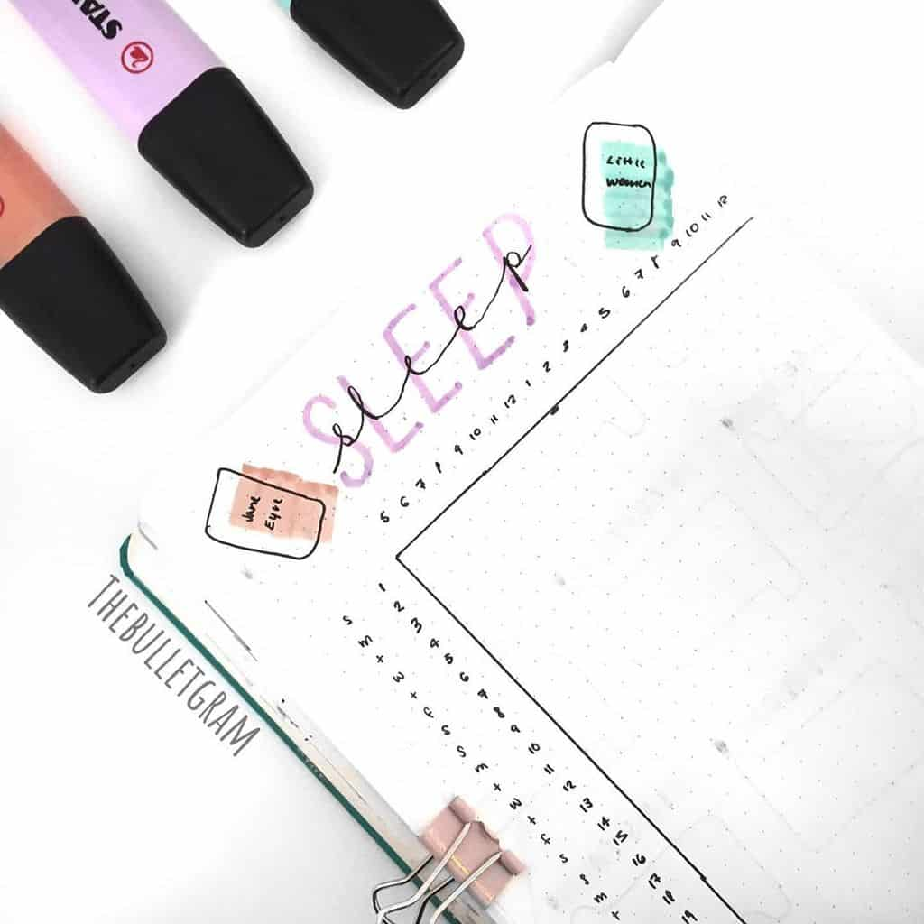 Book Bullet Journal Theme Ideas And Inspirations - sleep log by @thebulletgram | Masha Plans