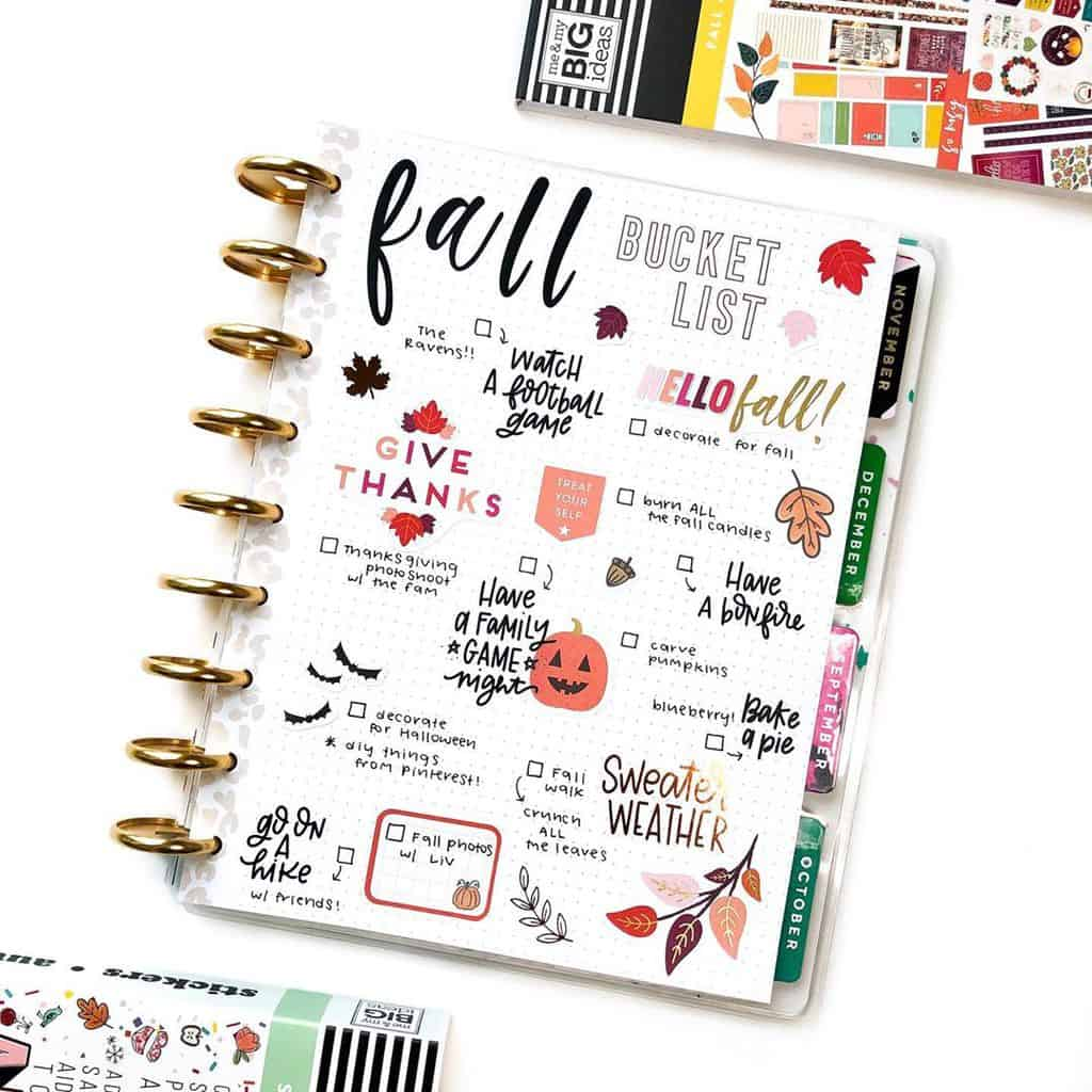 31 Fall Bucket List ideas and Bullet Journal Inspirations - spread by @blog.else | Masha Plans