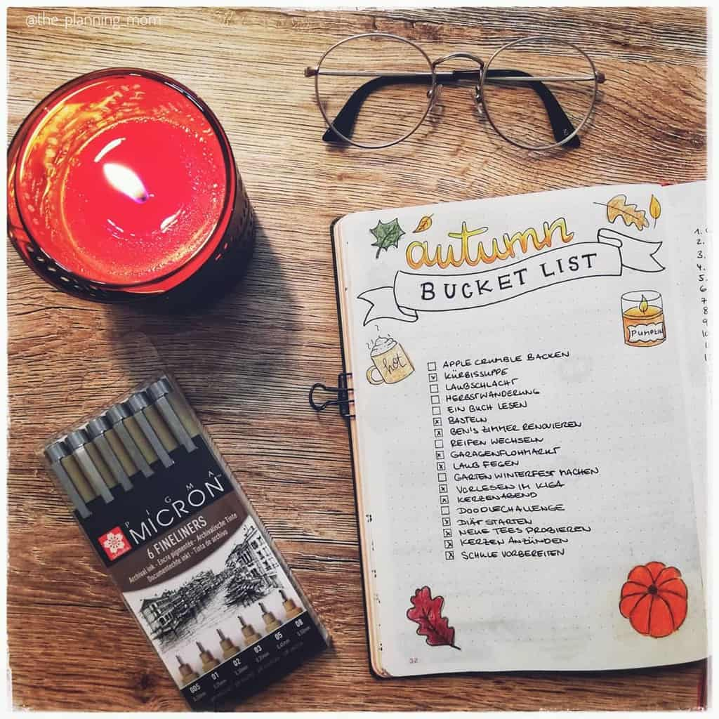 31 Fall Bucket List ideas and Bullet Journal Inspirations - spread by @the_planning_mom | Masha Plans